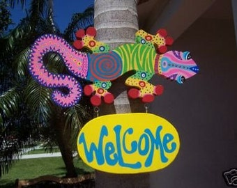 Tropical Iguana Lizard Wood Welcome Sign