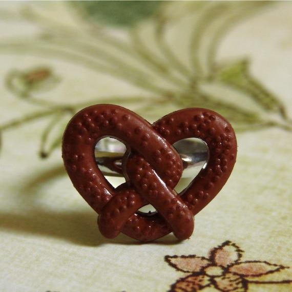 Miniature Pretzel Ring - Tasty Pretzel Twist
