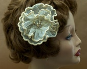 Vintage English Net Flower Hairclip