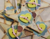 6 Valentine Star Tags Chipboard with Plastic Heart Buttons and White, Yarn Ties   ...TAG0091...