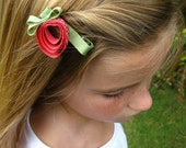 Delicious Strawberry - Hair clippie