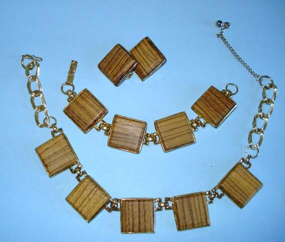 Vintage wood block jewelry necklace, earrings, and bracelet