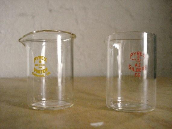 Two mini Pyrex glass beakers