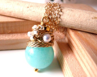 NEW Organic - lovely necklace with chalcedony color jade and white fresh water pearls/Last necklace