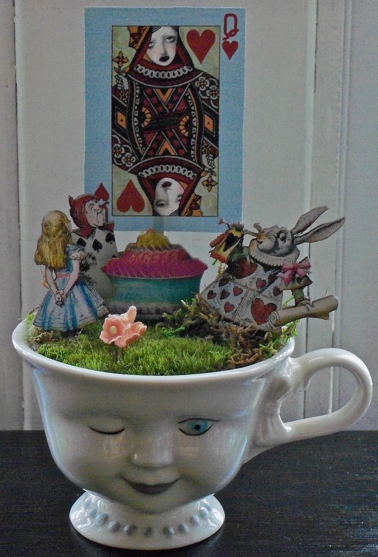 Teacup Garden Alice In Wonderland Red Queen