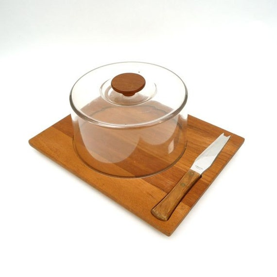 Luthje Denmark Cheese Board with Lid and Knife