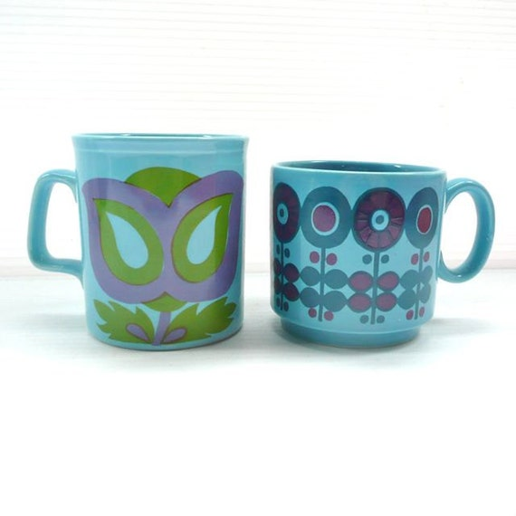 Two Ceramic Mugs with Flowers in Turquoise, Blue and Purple