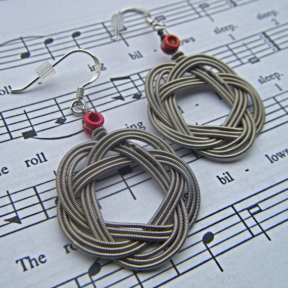 red bead recycled guitar string earrings. Black Bedroom Furniture Sets. Home Design Ideas