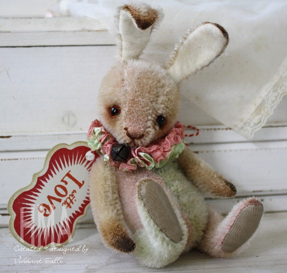 Jellybean. vintage looking Hug Me Again Harlequin Bunny by V. Galli