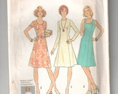 Vintage Simplicity 7026 sewing pattern cut - complete