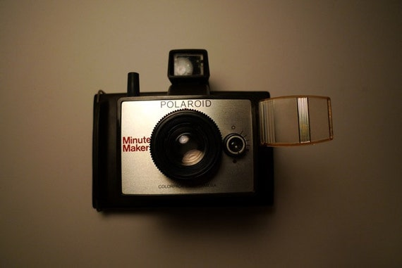Free Priority Shipping - Vintage Polaroid Minute Maker with original manuals -