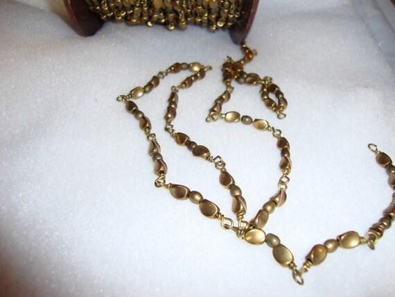 Beady twisty brass chain - vintage closed link - 2 feet