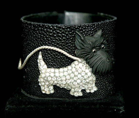 Cuff vintage rhinestone scotty dog