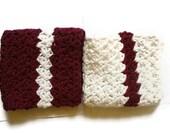 White & Burgundy Dishcloths Set