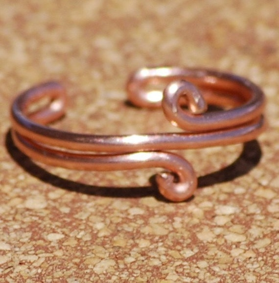 Handcrafted Adjustable Copper Toe Ring Double Loop