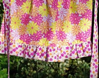 Daisy Half Apron to fit ages 2-8 years