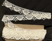 Vintage Lace - Ivory - Almost 4 yards - Lovely