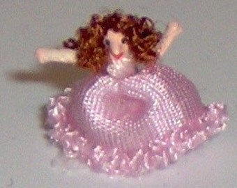 1/144th scale Lady in pink ball gown