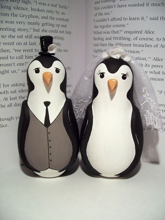 penguin cake toppers wedding custom wedding cake topper penguin and groom 6441