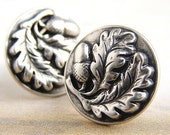 Acorn Oak leaf stud earrings, acorn studs post earrings, antique silver metal acorn studs posts earrings