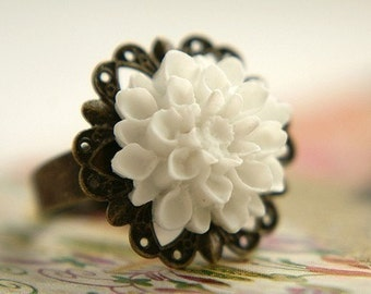 White Gardenia Ring, bridesmaid jewelry linen white flower ring, antique brass filigree ring white floral jewelry