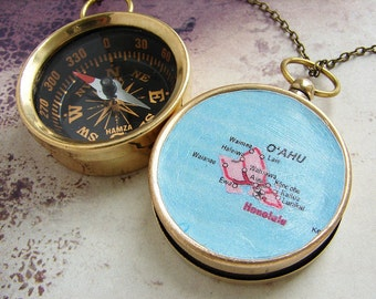 Map Compass keychain, personalized map Hawaii Oahu Hanolulu custom map, personalized gift, anniversary wedding favors