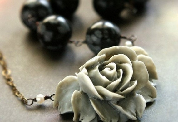 Snowed Rose Necklace - black, white, gray