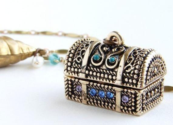 Treasure Trove Necklace - secret locket