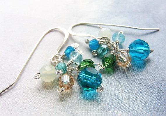 Bridesmaid jewelry, peacock sea green stones, azure emerald mint cluster, bridal wedding jewelry custom bridal earrings