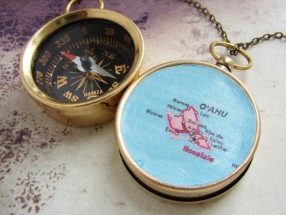 Map Compass keychain, personalized map Hawaii Oahu Hanolulu custom map, personalized gift, anniversary wedding favors