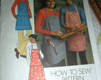 Vintage 1975 Simplicity One Size apron in 2 lengths - Men's or Misses