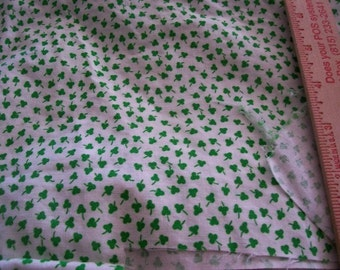 Vintage Fabrics - 4 different designs - Tiny Flowers - tiny Clovers - solid and check