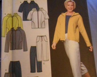 2000 SImplicity pattern 9267 - Misses Jacket/Pants/shorts or skirt in sizes 16 thru 22