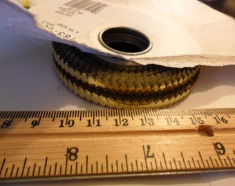 Vintage Mylar Gold rick rack trim - Sittin in the Rocking Chair applique patch