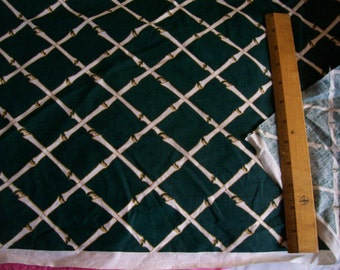 "Vintage Dark Green cotton fabric w/retro design 2 yard length x 44"" width"