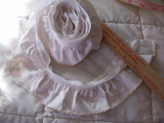 White Quilt Binding Ruffle Trim with ecru Picot Edging 1 and a 1\/2 yard length x 2 6\/16 width