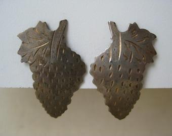 Silver Strawberry - earrings