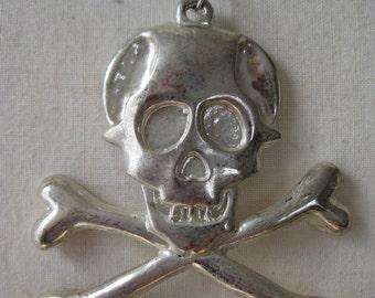 Dangerous - necklace