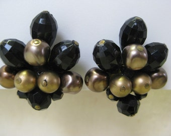 Black and Luster Browns Cluster - earrings