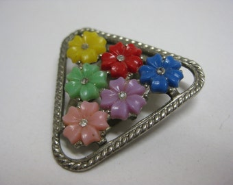 6 Colorful Flowers - vintage clip