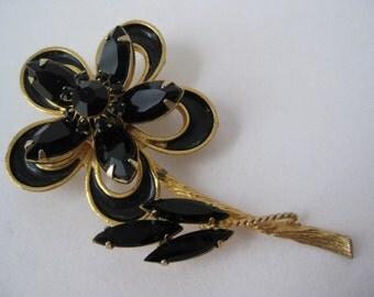 Black and Gold Flower - vintage brooch