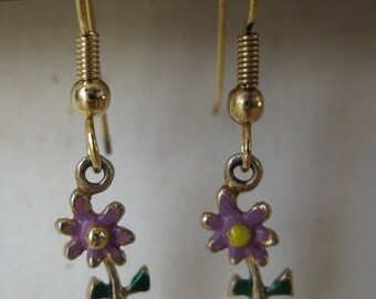Gold Purple Dangle Flower - vintage earrings