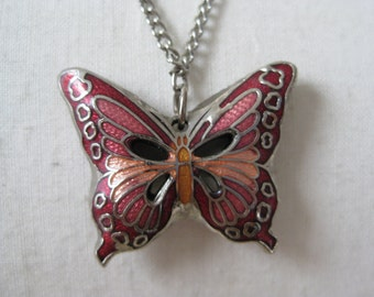 Pretty Puffy Butterfly - vintage necklace