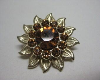 Amber Twinkle Flower - vintage brooch