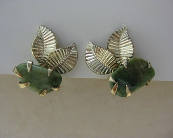 Gold Leaves Green Stone - vintage earrings