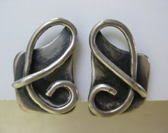 Silver Loop - vintage earrings