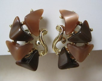 Gold and Browns Mod - vintage earrings