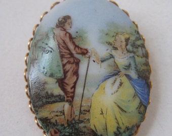 Victorian Love - vintage brooch