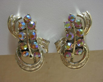 Pretty Aruora - earrings