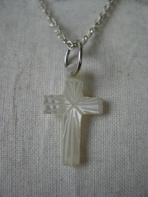 Cross Mother of Pearl Necklace Shell Pendant Vintage
